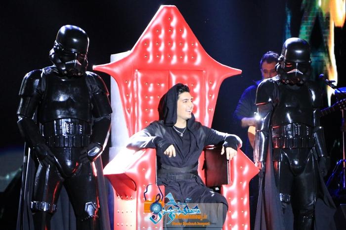 کنسرت ستاره ها فرزاد فرزین در برج میلاد برگزار شد