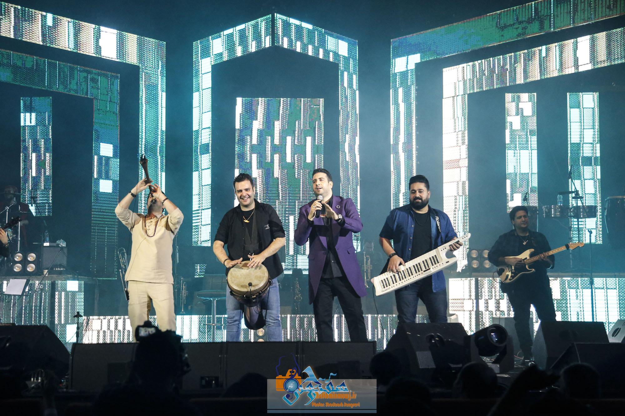 کنسرت امید حاجیلی ۴  بهمن  سالن میلاد نمایشگاه برگزار شد